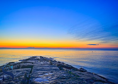 sunset over the rocks (Singing With Light) Tags: 2016 6th alpha6000 autumn fallcolors gulfbeach ny nyc october singingwithlight aroundmilford earlymorning fall morning photography singingwithlightphotography sony sunrise woodmontbeach