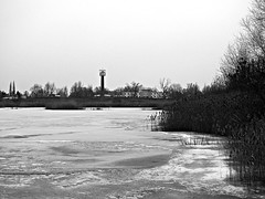 The house of a cosmonaut (Oczyma Duszy) Tags: hotelkosmonauty staw jezioro woda lód śnieg hotel wieża zima architektura wrocław polska olympusepl5 mzuikodigital pond lake water ice snow tower winter architecture poland