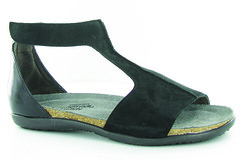 "Naot Nala sandal black • <a style=""font-size:0.8em;"" href=""http://www.flickr.com/photos/65413117@N03/32544985211/"" target=""_blank"">View on Flickr</a>"