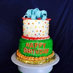 Cake by Angela, San Antonio, TX, www.birthdaycakes4free.com