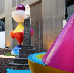 PUENTE VERTICAL by Remed and Okuda
