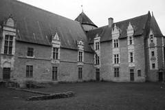 Ville de Laval (Région Pays de Loire, Mayenne, France) (bobroy20) Tags: laval mayenne ville