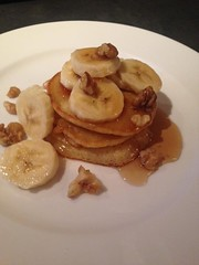 Honey banana and walnut american pancakes