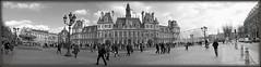 Paris : Hôtel de Ville ( 4° arrondissement ) (najjaricherif) Tags: autopanopro panorama streetshot paris nikon monochrome assemblage stitchedpanorama