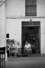 Carrer (Santiago Barroso) Tags: ciutadella menorca street fresca temps pausa calma relax