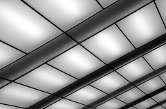 Just Another Ceiling (est0al) Tags: light urban white abstract nightshot topc hannover enercitycaf damnitwascold