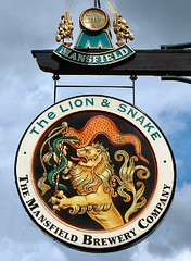 The Lion & Snake, Bailgate, Lincoln - by Lincolnian (Brian)