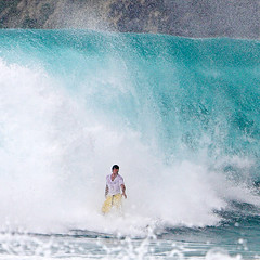 Overhead (konaboy) Tags: hawaii interestingness surf surfing bigisland overhead kona manini 12925b frhwofavs