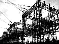 [フリー画像] [人工風景] [建造物/建築物] [工場の風景] [モノクロ写真]       [フリー素材]