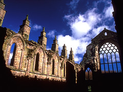 Holyrood Abbey (laszlo-photo) Tags: abbey scotland ruins edinburgh holyrood wikipedia hollyrood abigfave top20castleabbeyruin
