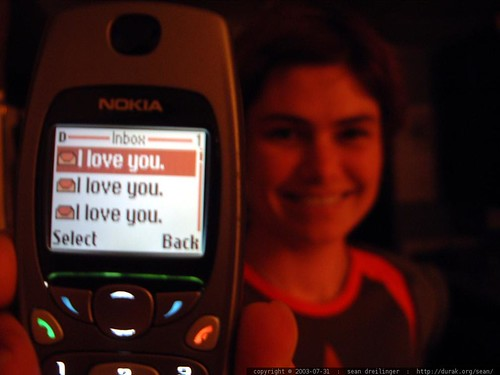 text messages: i love you. i love you. i love you. dscf6294