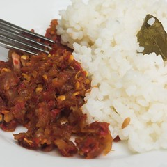 Lunu-Miris & Rice(ii) (pradeep jeganathan) Tags: food cooking tag3 taggedout tag2 tag1 rice eating onion chilli whiterice rajabojun sambol kattasambol lunumiris