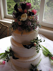 the wedding cake (massdistraction) Tags: flowers beautiful minnesota vegan spring tulips weddingcake stpaul 2006 april twincities saintpaul carrotcake veganfriendly universityclub veganbaking monicaandwuyswedding monicaandwuy veganweddingcake newfarmcookbook