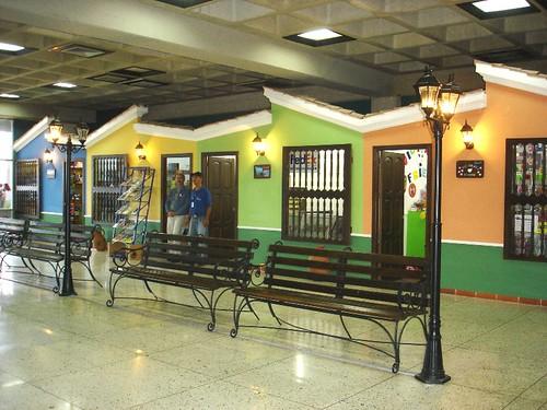Aeropuerto Internacional - Tiendas