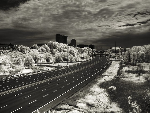 HDR IR Neutron bomb eases traffic