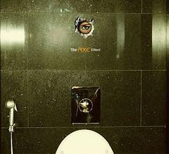 Axe - Emiratos Árabes (Arturo de Albornoz) Tags: ads advertising publicidad ad axe lowe emiratosarabes