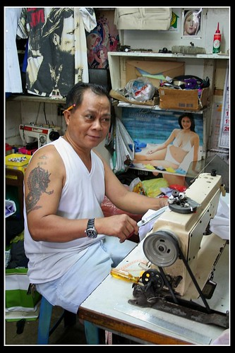 Manila tailor shop  Buhay Pinoy Philippines Filipino Pilipino  people pictures photos life Philippinen