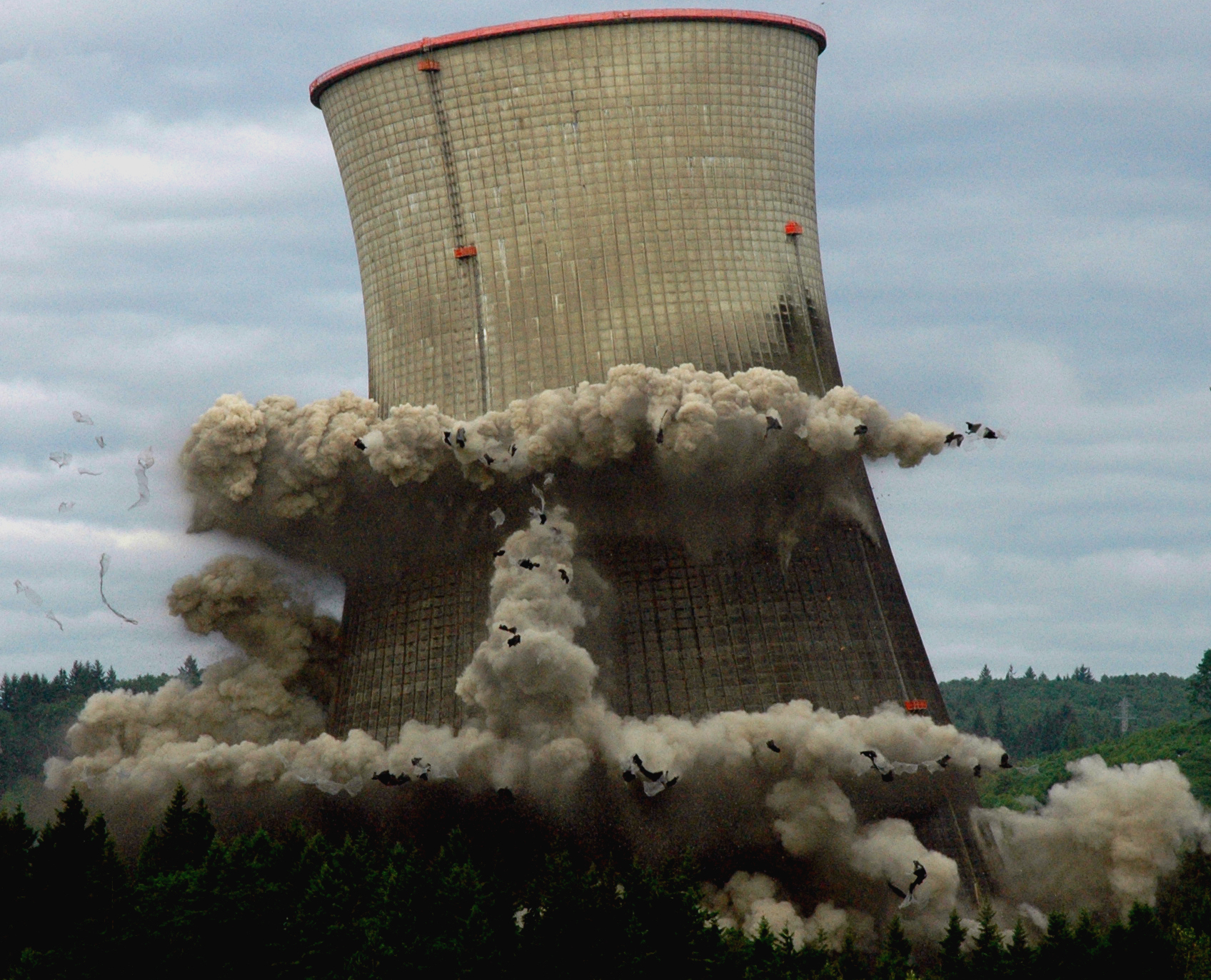 nuclear cooling tower demolition tofusuppe