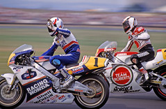Lawson Vs Rainey - 1989 British GP (Neil67) Tags: park honda wayne hrc grand racing prix motorbike moto motorcycle yamaha british eddie michelin yzr dunlop lawson motorrad donington rainey nsr 500gp