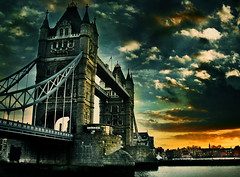 1894 (brunoat) Tags: bridge london tower thames towerbridge puente torre londres tmesis brunoat brunoabarca