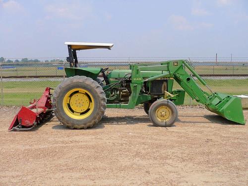 John Deere Tractors 2155, 2355, 2555 and 2755