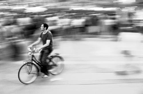 Out Of The Crowd par brtsergio (cc)