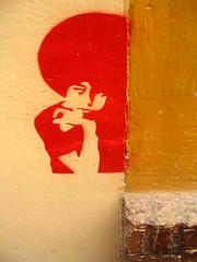 Fro of red love. (Greenhorn 2000) Tags: red espaa graffiti sevilla spain afro seville graffito newlight festivalspain