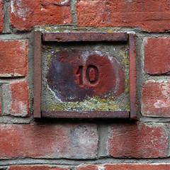 10 (Leo Reynolds) Tags: canon eos 350d iso100 10 number ten f56 135mm number10 0008sec numberproperty 1ev hpexif grouppropertynumbers xsquarex xratio11x xxblurbbookxx xxblurbbooknumbersxx xleol30x