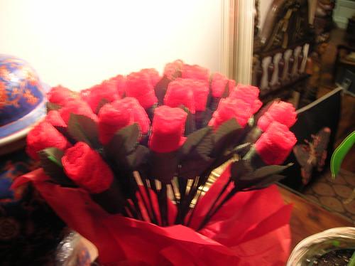 roses=thongs