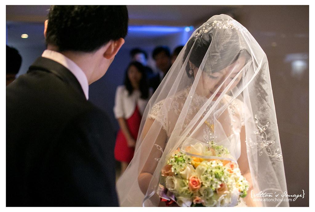 [婚攝] 漢威 & 品慧 婚禮紀錄 // 高雄翰品酒店