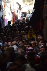 Al-Aqsa worshippers in Jerusalem (Borja García de Sola Fernández) Tags: alaqsa mosque jerusalem east crowd jerusaléneste oldcity people muslimquarter worshippers friday multitude praying muslims