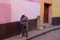 Street Sweeper (Rhonda Dubin) Tags: mexico guanajuato colorful callepotrero street streetsweeper
