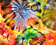 closer view of the chihuly ceiling (-liyen-) Tags: chihuly rom artglassceiling ontario canada exhibition art cy2