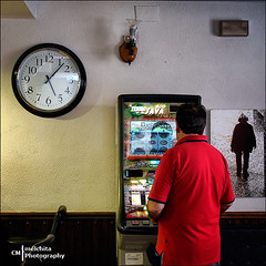 Looking for luck (Melchita) Tags: streetphotography street streetcolor streetphotographycolor streetscenes urbanphotography urbanlife urbanscenes colorphotography indoor streetindoor spain melchita