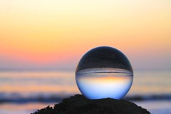 Looking to the future (Juan Gabriel Escobedo Robles) Tags: beach sunset blue orange red water nature landscape sea sand colors art crystalball