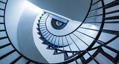 gravitation II (MyMUCPics) Tags: münchen munich architecture treppen treppenhaus stairs staircase abstract abstrakt spiral design interior indoor drinnen sog gravitation 2017 januar january architektur