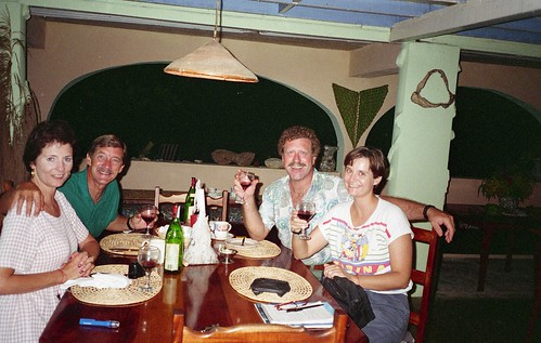 Kaye and Bill and Willie and Deb share a meal