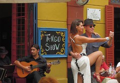 Argentina (La Boca)-Tango show [Explored, 12/07/2015] (ustung) Tags: street argentina buenosaires nikon colorful dancers tango laboca