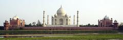 India - Uttar Pradesh - Agra - Taj Mahal - 6 (asienman) Tags: asienman indien agra mahal taj mughal architecture tajmahal asienmanphotography unescoworldheritagesite mughalarchitecture muslimart