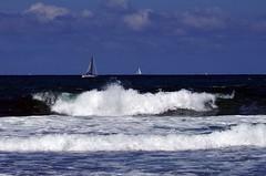 blue sky (Frank S (aka Knarfs1)) Tags: sun france beach strand coast frankreich brittany bretagne cote küste quiberon