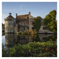 L1003218SQ (robert.french57) Tags: d35 kent scotney castle autumn bob robert french 57 leica m 240