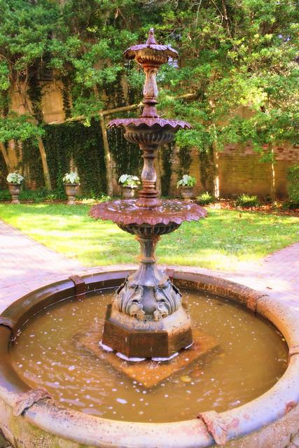 James K. Polk's Fountain