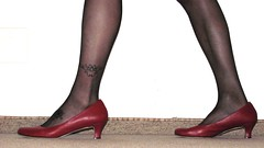 red leather pumps, close up session (Isabelle.Sandrine1999) Tags: redpumpsusgirl nylons stockings legs feet shoes leather pumps heels tatto toes polished
