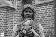 The dolls doll (Frankhuizen Photography) Tags: the dolls doll beeldig lommel 2016 belgium living statue levende beelden statues black white zwart wit zw bw portrait portret belgie posed geposeerd pop vrouw