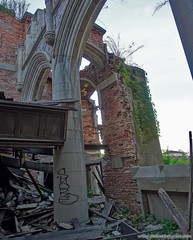Gothic Arches and Pillars. more here: http://www.placesthatwere.com/2017/01/abandoned-city-methodist-church-gary-indiana.html #Abandonedplaces #urbanexploration #urbex #gary #indiana #urbandecay #abandonedchurch #church #ruins #modernruins #gothicrevival (placesthatwere) Tags: abandoned urbanexploration ghosttowns urbex rurex abandonedplaces forgottenplaces urbandecay decay beautifuldecay