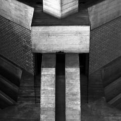 (Delay Tactics) Tags: london concrete brutal brutalist brutalism symmetry black white bw square bricks cubist figure explore