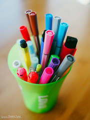 My daughter's Pens (Thomas_Yung) Tags: life home living beijing olympus 2015 lumix20f17 em5markii