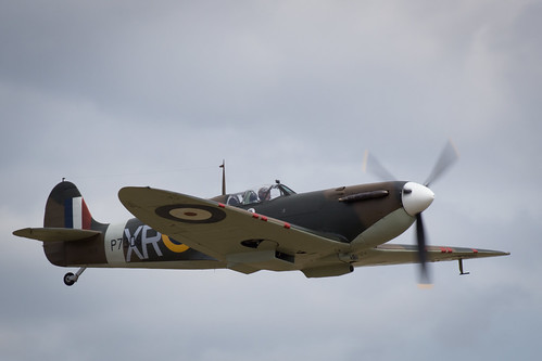 "Flying Legends 2015 • <a style=""font-size:0.8em;"" href=""http://www.flickr.com/photos/25409380@N06/19816376491/"" target=""_blank"">View on Flickr</a>"