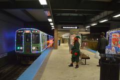 Dual Holiday Trains (Robby Gragg) Tags: cta mu 2809 wilmette