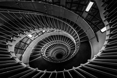 Vertigo (Andrew G Robertson) Tags: staircase spiral london blackfriars stair 1124mm canon 5d mkiv mk4